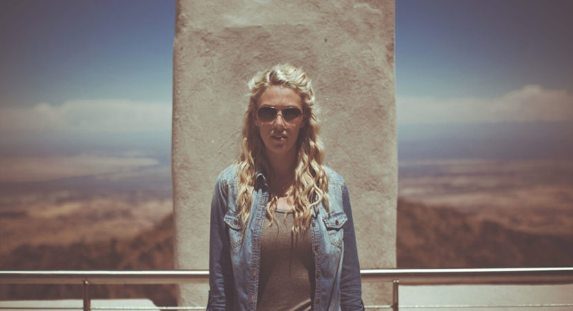 """Adjusting to the """"Real World"""" in Your Twenties - 4 Ways to Stay Frugal"""